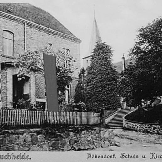 Kościół pw Św. Męczennika Stanisłąwa, widok z oddali