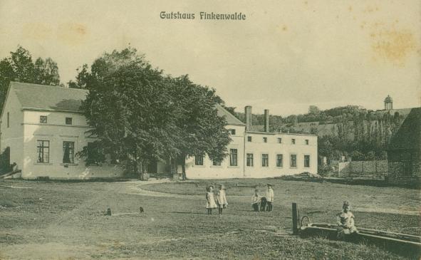 Der Hof Finkenwalde, Dwór Finkenwalde - ulica Jabłoniowa
